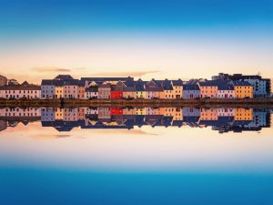 Kuestenpanorama in Galway – Irland