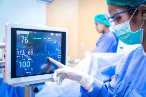 personal-patient-auf-intensivstation
