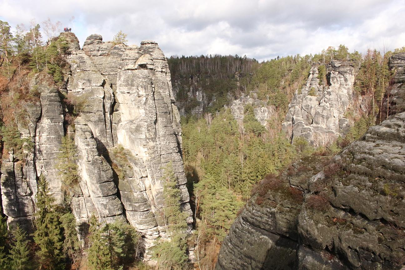 Saechsische-Schweiz-Felsen