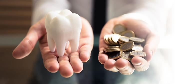 zahnersatz-kosten-und-finanzierungsmoeglichkeiten