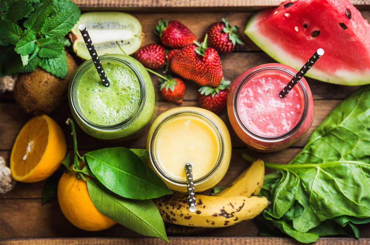 gesunder-selbstgemachter-smoothie